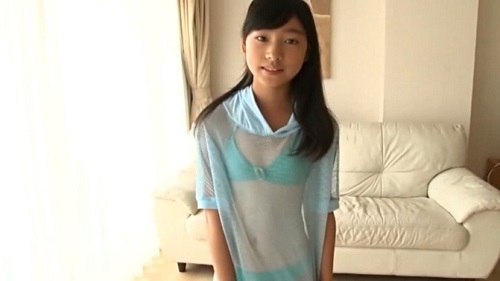 早坂美咲のアイドル動画